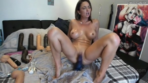 Busty MILF Squirting
