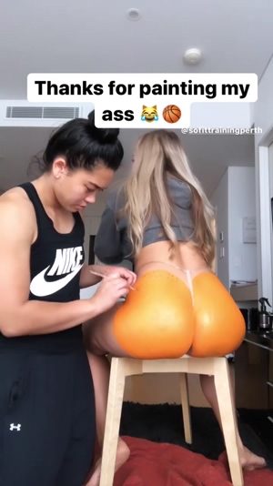 Booty painting