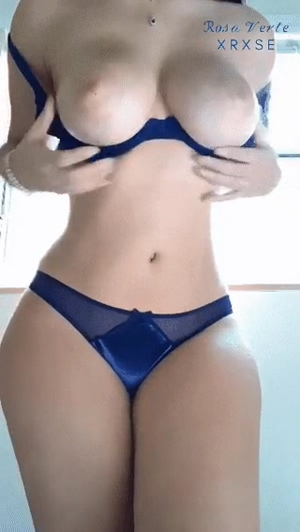 Hispanic boob bounce