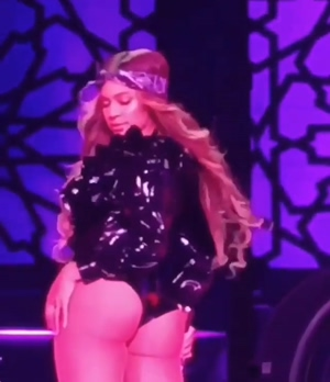 Beyonce has one of the best natural asses.