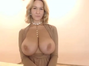 Big Tits Reveal And Playing