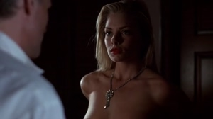 Jaime Pressly looked so fucking hot in Poison Ivy