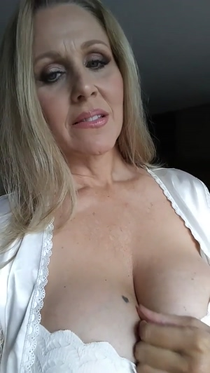 Some huge MILF boobs