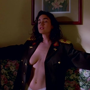 What would you do if Jennifer Connelly came in front of you like that?