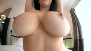 Shaking her huge tits for the camera