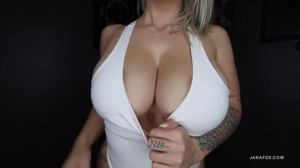 That's a lot of boob