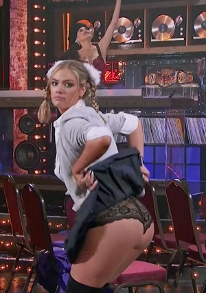 Kate Upton flashing her under appreciated ass.
