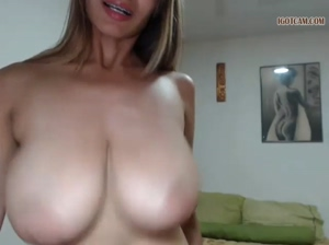 wild bouncing tits
