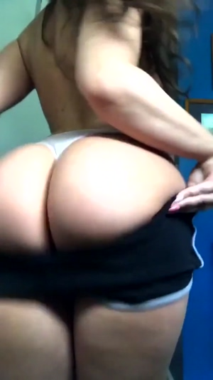 Shaking that booty