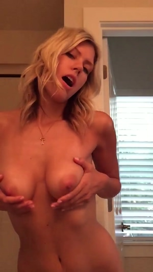 Blonde Bouncy Tits